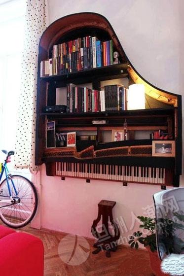 挂在墙上的书架
