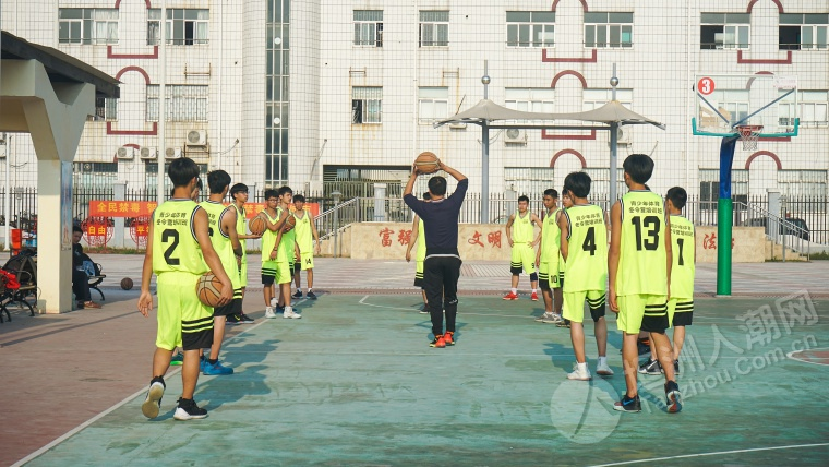 热情依旧~2019坦洲镇青少年体育冬令营男子高中篮球组结营