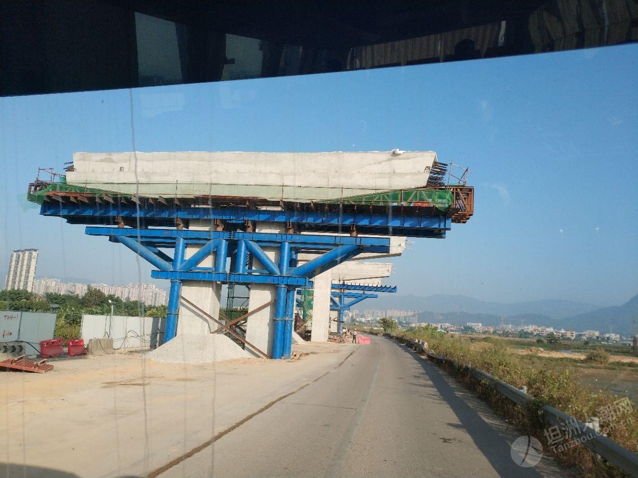坦洲快线三乡段建得很快
