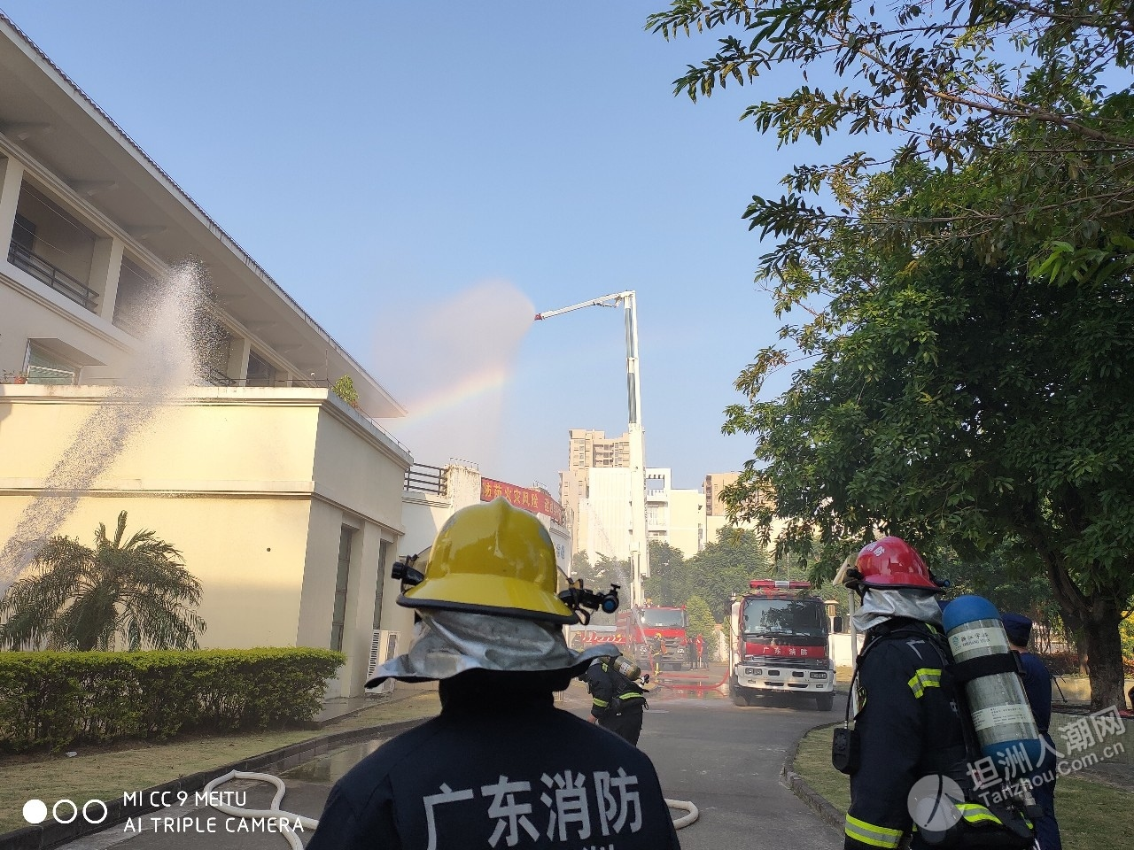 119宣传月|消防大队深入颐老院开展疏散演练消防培训