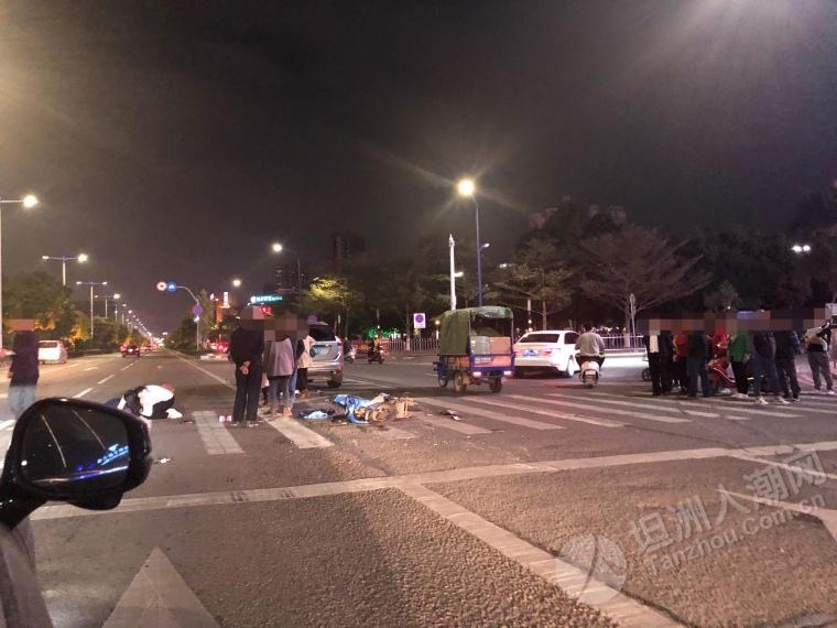 坦洲一路口发生交通事故,一电动车破损严重伤者伏地