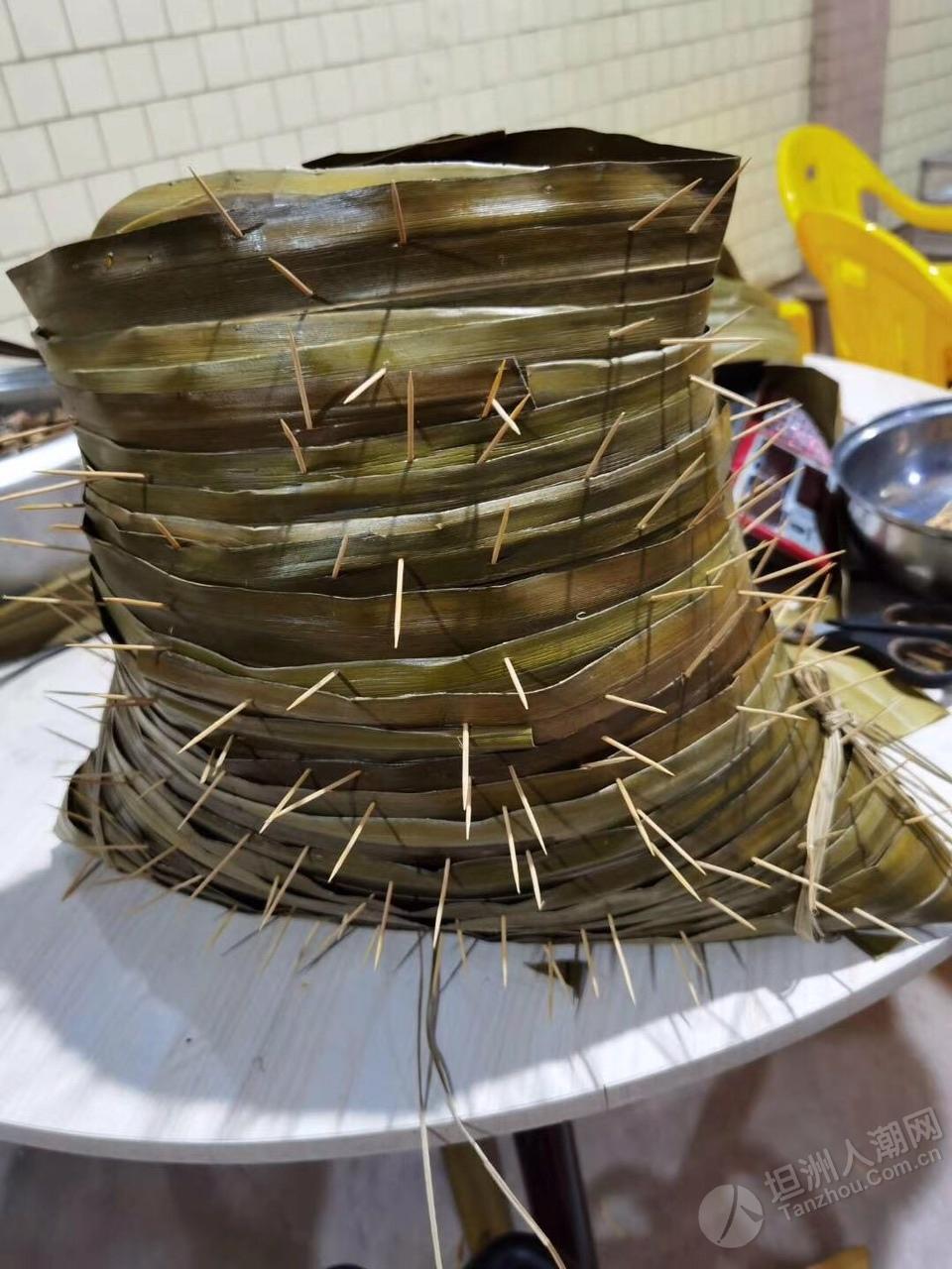 坦洲珍姐几十斤重的粽子!你见过未?