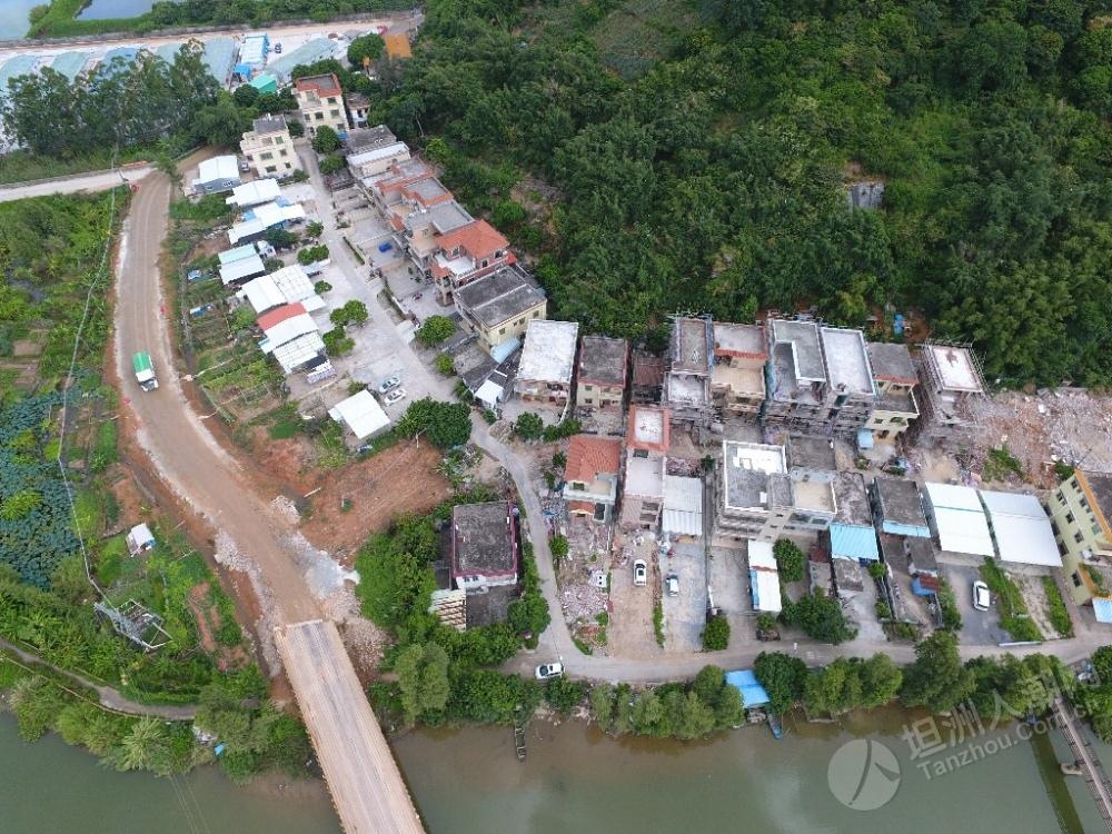 【图片纪录】坦洲马角拆迁进行时,部分房屋已拆除