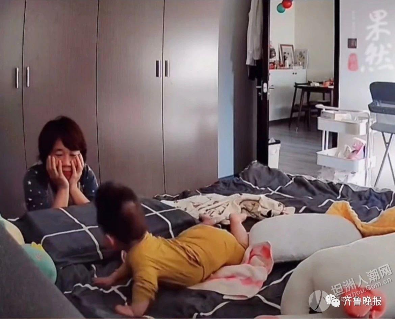 宝妈上班想孩子,打开监控看到8个月宝宝连滚带爬翻到床边...