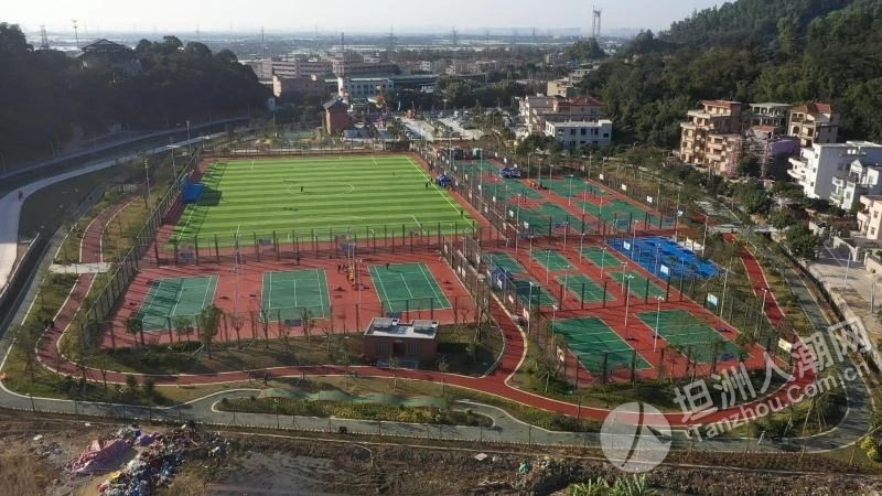 11人足球场、5个篮球场、儿童游乐设施……坦洲新公园开放!
