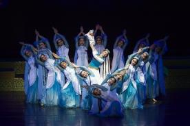 维吾尔族原生态舞蹈《永远的麦西热甫》